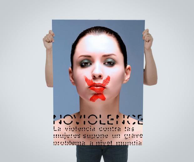 Cartel tipografía contra el maltrato